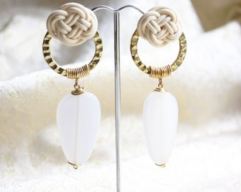 White Chinese Knot  with Golden Circle Long Drop Earrings (E648)