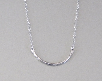 Hammered Curved Bar Necklace