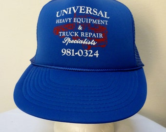 Vintage 1980s Universal Trucker Hat