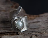 Sterling Silver Pearl Ring-Pearl Wraparound Ring-Hand Sculpted Wide Ring-Fresh Water Pearl Ring-June Birthstone Ring