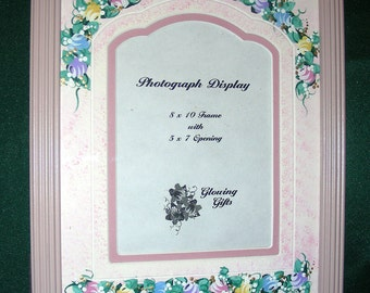 SCALLOPED ARCH Decorative Mat Pink Frame 8x10 Hand-Painted Laser Cut Double Mat Pastel Roses Girls Room Decor Baby Nursery for 5x7 Photo