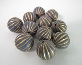 20 Vintage 12mm Gold and Navy Matte Carved Lucite Beads Bd1488