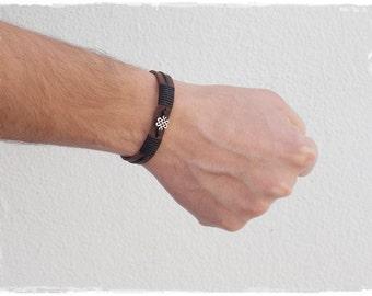 Leather Men's Bracelet, Endless Knot Bracelet, Shrivatsa Leather Bracelet, Celtic Leather Cuff, Gaelic Bracelet Cuff, Nordic Men's Cuff