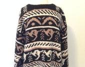 Vintage kangaroo heavy wool knit sweater large