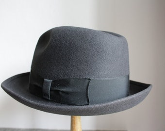 FEDORA Hat // Vintage hand-crafted Italian hat // Greenish felt // Waterproof