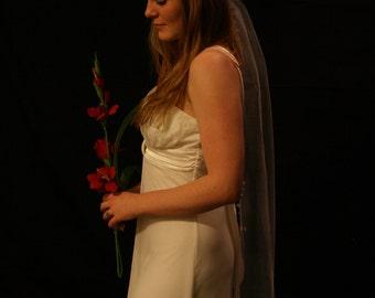 Bridal wreath chapel length veil