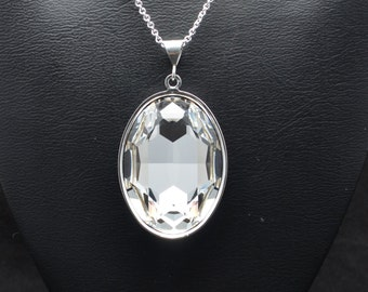 30x22mm Swarovski Faceted Oval Pendant - Many Different Colors - SW8FP
