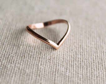 14kt Rose Gold Filled CHEVRON ring//Handcrafted//Minimalist Jewelry