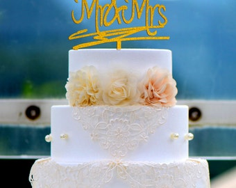 Wedding Cake Topper Monogram Mr and Mrs cake Topper Design Personalized with YOUR Last Name 016
