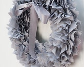 GRAY RUFFLE WREATH / Gray Wreath / Baby shower wreath / Wedding shower decor / Fall wreaths / Wreaths for doors / Fabric wreaths