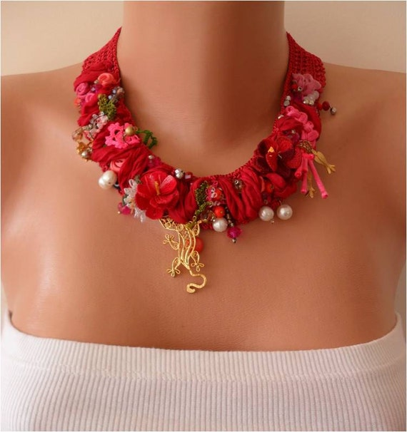 Handmade - Crochet and Bead Necklace - Handmade Design