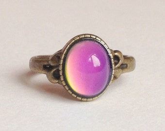 Mood Ring - 10x8 mm - Antique Brass - Size 6.25