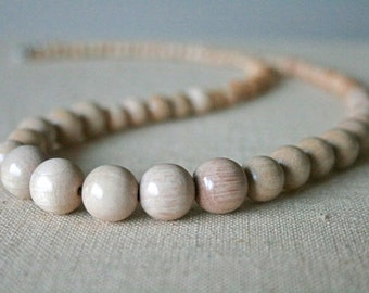 Natural Birch Wood Necklace //