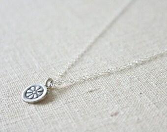 Marigold necklace //
