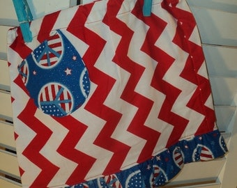Patriotic Skirt , size 3/4 , with cute little treasure pocket