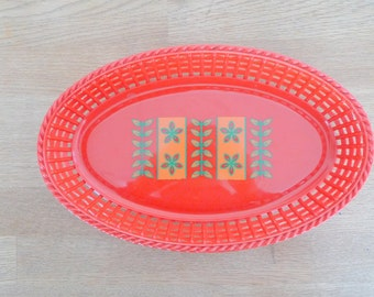 Vintage Christmas Dish - Red Plastic Retro 1970s Scandinavian Swedish