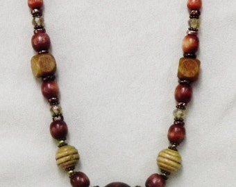 Wood bead Necklace #0920