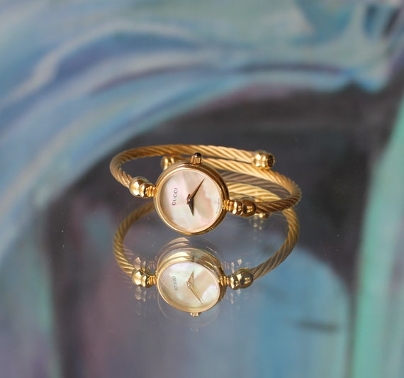 Vintage Gucci Twisted Gold Plated Cable Bangle Bracelet Watch