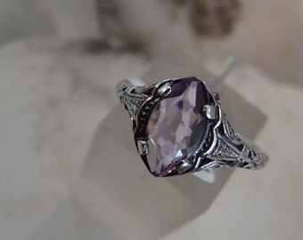 Lovely Sterling Brazilian Amethyst ring Size 5 1/2