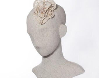 Lace and Pearl Bridal Headpiece, Vintage Style Wedding Fascinator