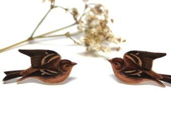 Song bird earrings, bird earrings, flying bird earrings, bird stud earrings, bird post earrings