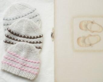Baby hat 100% cashmere nebworn girl hat / newborn knitted baby hats / newborn hats for boys / newborn hospital hat / knit baby hats