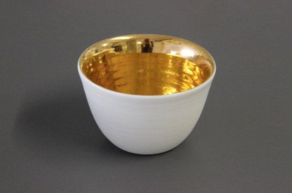 porcelain & 18k gold vessel / bowl / candle holder / home decor