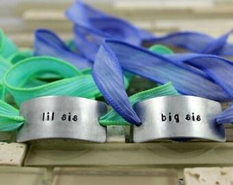 "Sister Jewelry / Sister Gift / Sister Present / Custom Sister Bracelet / Sister Birthday Gift / Silk Wrap / ""big sis"" and ""lil sis"" Bracelet"