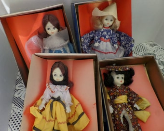 Vintage Dolls Friends From Foreign Lands Woolco