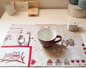 Romantic PLACEMAT for breakfast, with two cross stitched OWLS in love, and a napkin. Beige and red tablecloth