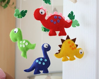 Baby Dinosaur Mobile / Nursery Felt Dinosaur Mobile / Baby Shower Gift / MADE TO ORDER