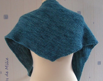 blue shawl, hand knitted, handpainted wool