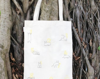 Canvas 9 Cats Tote Bag