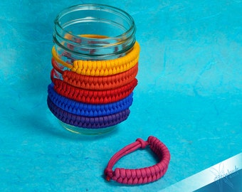 Adjustable Paracord Bracelet Switchback - 8-11 inches