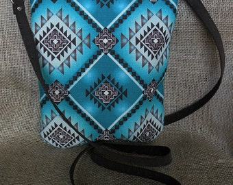 Cross Body Bag   Turquoise Purse   Aztec Purse   Zippered Bag