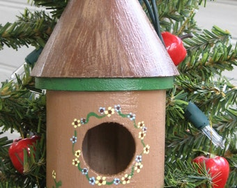 Woodland decorative birdhouse