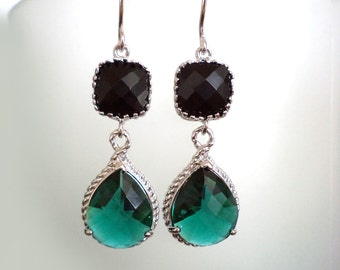 Black and Emerald Earrings. Emerald Dangles. Silver Plated. Green Chandeliers. Emerald Earrings Bridal, Bridesmaids Gifts. Black and Emerald
