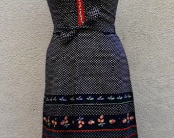 70/80's Summery dress, Way Tyrol, Laced in front, with ribbon straps that ties..Sehr Schön!!!