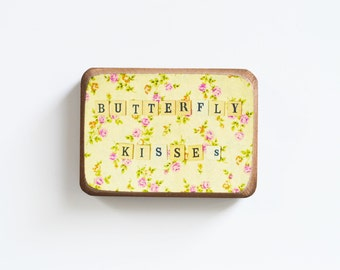 BUTTERFLY KISSES Wooden magnet in the technique of decoupage rustic, shabby chic and vintage, yellow and pink