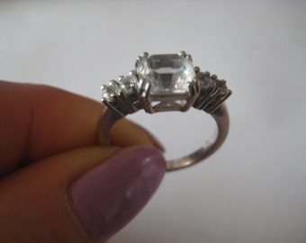 925 Sterling Silver vintage clear gemstone Ring, size 6