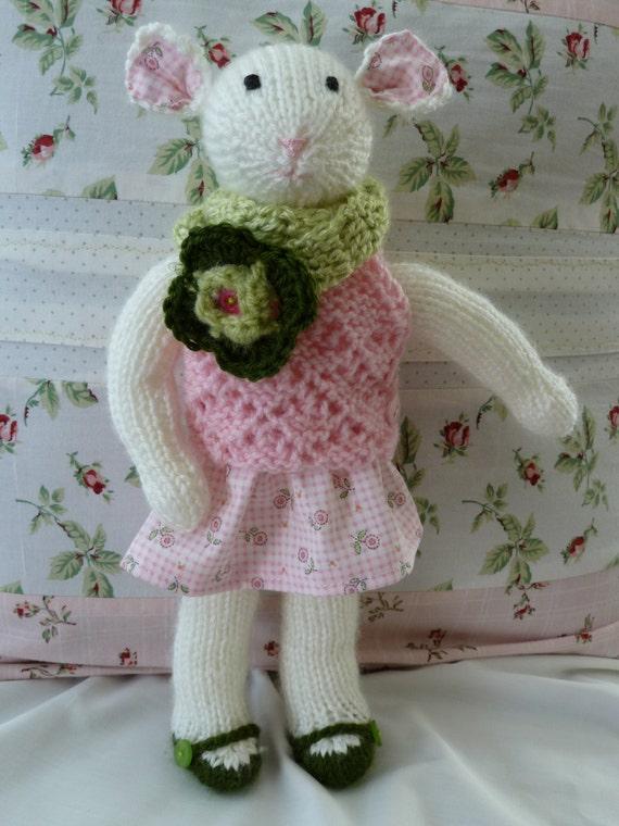 jouet poupée en laine petite souris fait main
