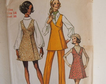 Vintage 1970 Simplicity Misses mini jumper or tunic and pants Size 14 Pattern 8915