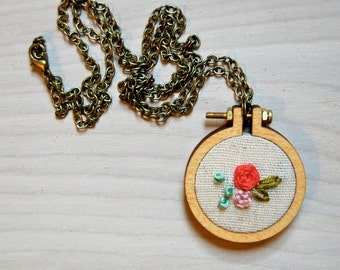 Mini Embroidery Hoop Necklace / Flower Bud / Bridesmaid Gift