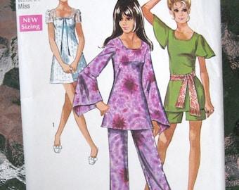 1970 Flared Sleeve Mini Dress, Tunic, Pants & Shorts Vintage Pattern, Simplicity 8783, Size 10, Bust 32 1/2