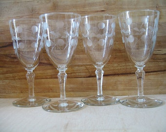 Vintage Etched Glasses  – 40's/50's Floral Wine Sherry Cordial Etched Glasses – Set of 4