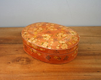 vintage 60s Shabby Orange Roses Worn and Lovely Little Oval Jewelry Box