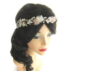 Wedding Flower Head Piece, Bridal Crown, Wedding Hair Accessories, White Flower Hair Circlet, Winter Flower Head Wreath