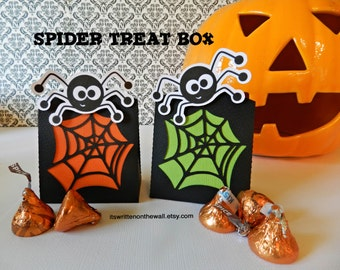 Kit-6 Halloween Spider Web & Spider Treat Boxes-The Kids will Love them!