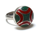 80s Abstract Red & Green Sterling Inlay Ring - Size 8