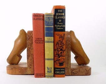 Vintage, Wooden, Clogs, Bookends, Dutch shoes, Bookends, France souvenir, Brown, Hand carved, Burl wood white flower bouquet,  4x4.5x6 IN